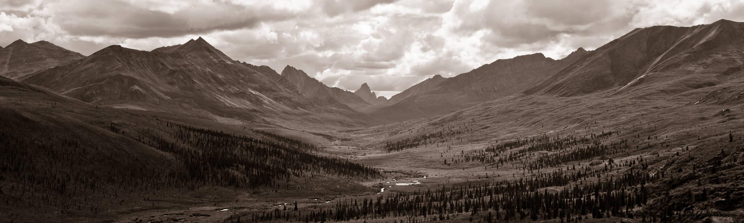 7665km Canadian Arctic Road Trip: Yukon & Dempster Highway