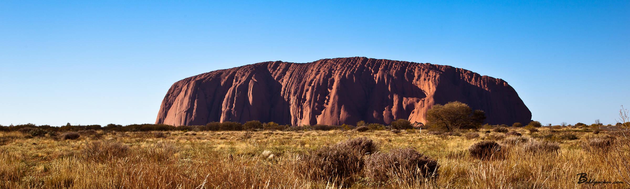 Australia: Mulgas Tour to Ayers Rock, Kings Canyon, and Kata Tjuta (Olgas)