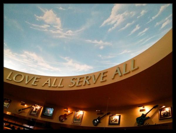 Hard Rock Cafe, Saipan - Overpriced American Rubbish